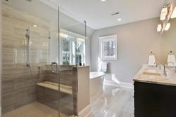 705 Poplar Dr Falls Church-print-071-90-Owners Bathroom-2992x2000-300dpi