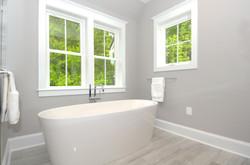 705 Poplar Dr Falls Church-print-010-50-Owners Soaking Tub-4200x2786-300dpi