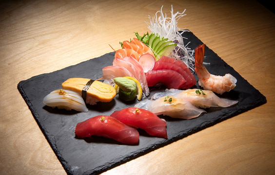 Sushi and Sashimi Platter_edited.jpg