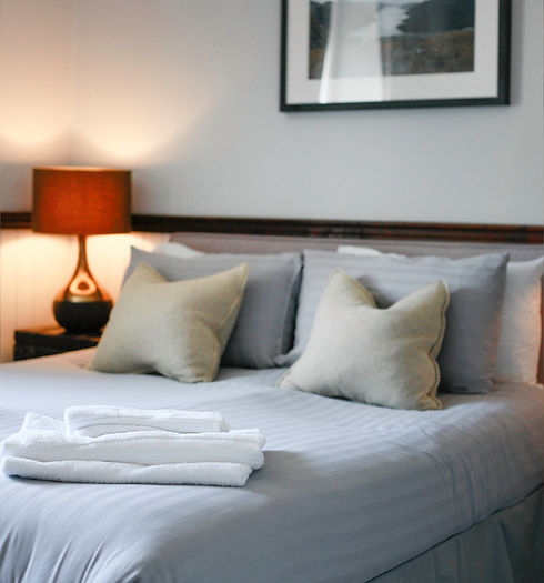 hotelroom_edited.jpg