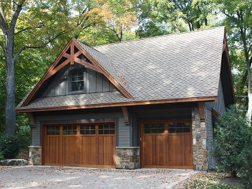 3 Stall Garage with Craftsman Beams