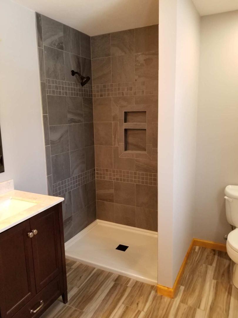 Custom Shower 3
