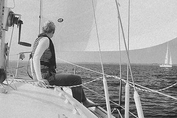 🌊🌊🌊 #sailing #boat #weekendvibes #bla