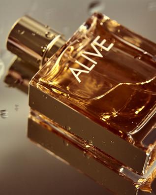 "Hugo boss ""ALIVE"" perfume photography"