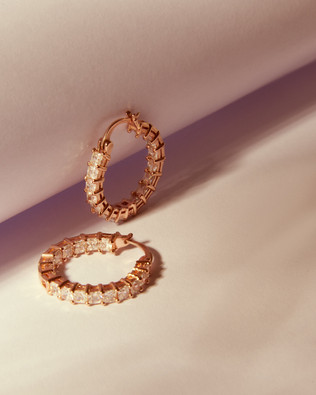 Jewellery photography in Manchester by J