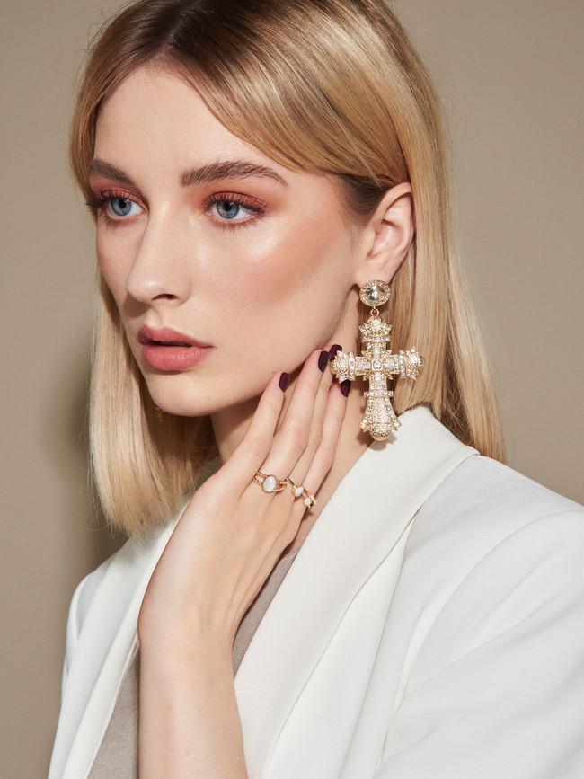 Jana Kukebal top beauty photographer manchester
