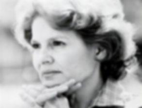 Laura Elenes