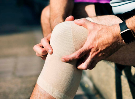 Joint And Knee Pain Management Therapy With PRP