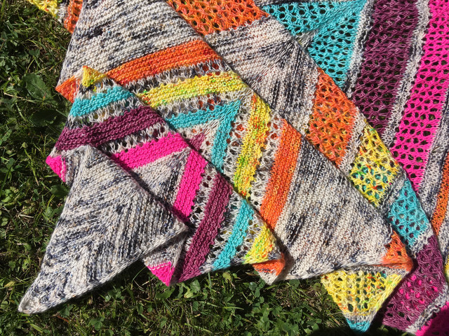 Artemis Shawl release + info for TreLiz kits!