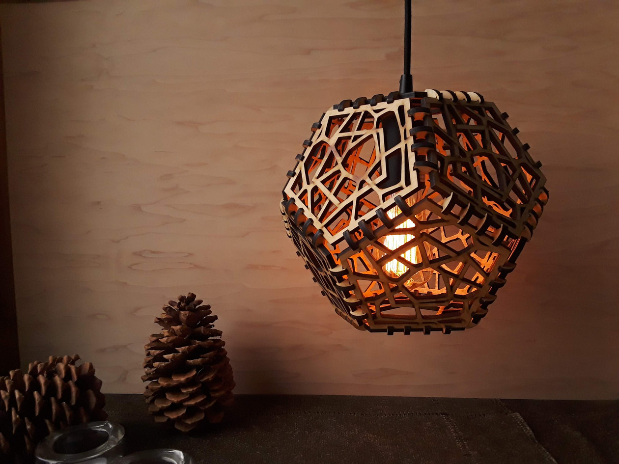 Voronoi Dodecahedron Lamp