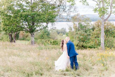 Kate + Luke Sneak Peak-0209.jpg