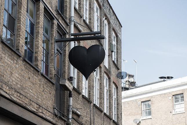 210319-The Black Heart-7.jpg