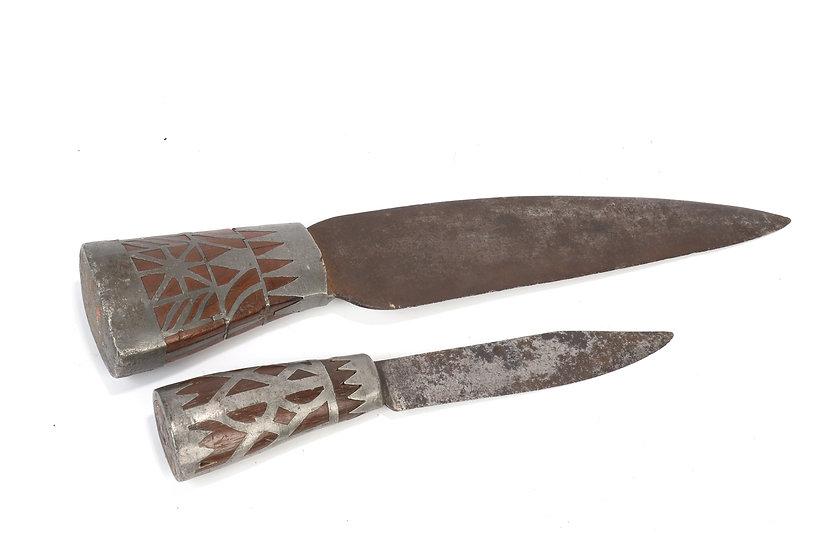 Deux couteaux - Sibérie ou Alaska