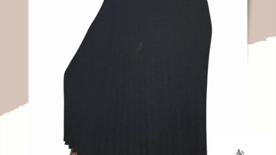 Onyx pleats