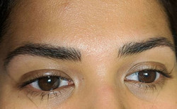 Healed microblading strokes before a min