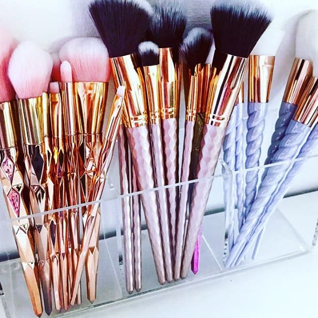 Clean your make-up brushes regularly!! W