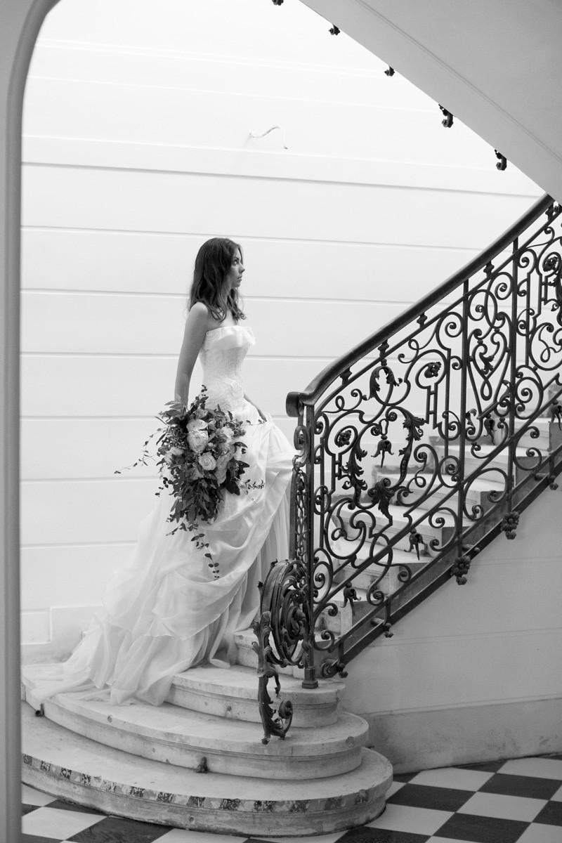 Efekty sesji z modelką Aleksandrą ukazały się na łamach popularnego, nowojorskiego magazynu ślubnego w USA | wynajem modelki, międzynarodowa agencja modelek i modeli Energy Models