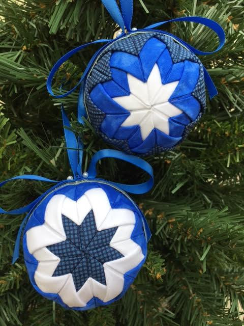 Folded Fabric No Sew Complete Christmas Ornament Kit.  Blue and White Ball kit.