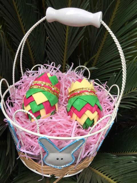 Folded Fabric No Sew Complete Easter Ornament Decoration Kit.  Green, yellow and pink easter egg kit.