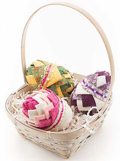 Folded Fabric, No- Sew Easter Egg Pattern, Holiday decoration, Quilted Eggs, Spring