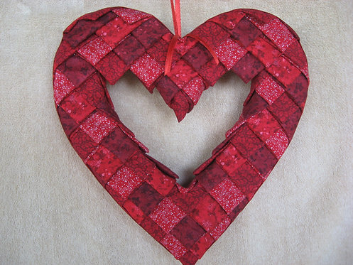 Folded Fabric, No- Sew Heart Wreath Pattern,Valentine's Day, Red Heart Holiday decoration