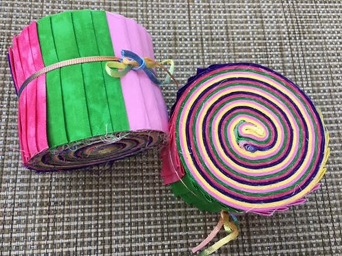Fabric Jelly Roll, Easter Pastel colors. Pink, fuchsia, purple, green and yellow strips. 20 batik fabric strips