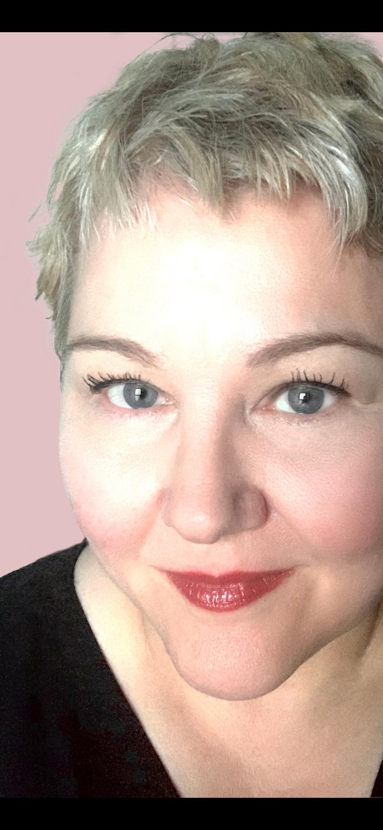 Selfie of Angela Jackson, author of The Darlings