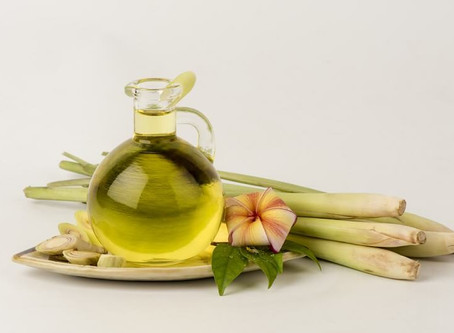 Why is Lemongrass Oil So Amazing?