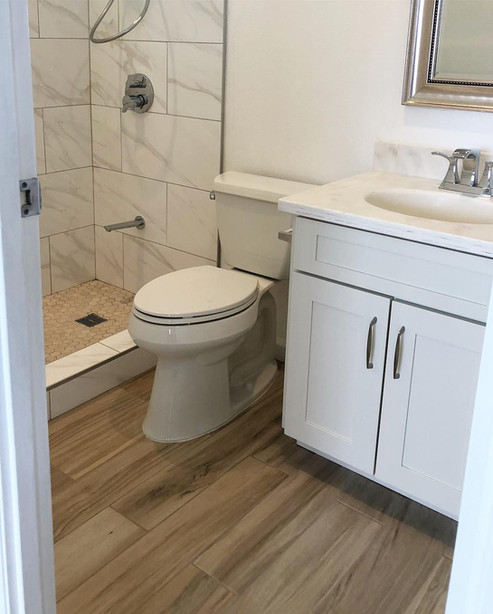 bathroom 6.jpg