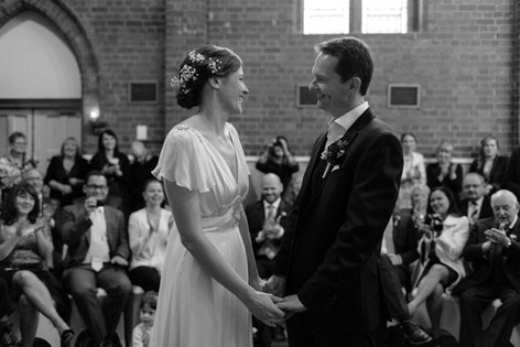 Rustic style wedding bride and groom's first dance