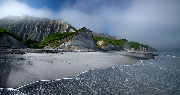 The-White-Cliffs-of-Iturup.-Russia.jpg