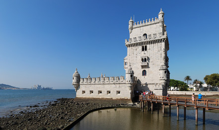Lisbon Torre_de_Belém_September_2014.jpg