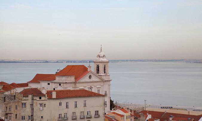 lisbon Vistas_de_Lisboa_desde_el_Mirador