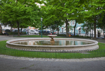 Lisbon Jardín_Augusto_Gil,_Lisboa,_Portu