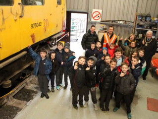 Pupils from Ysgol Pum Heol visit make educational visit to LMMR