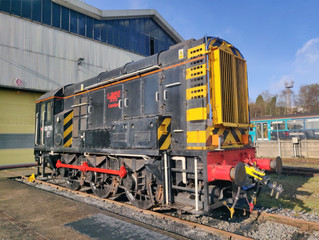 L&MMR Celebrity Shunter Returns Home