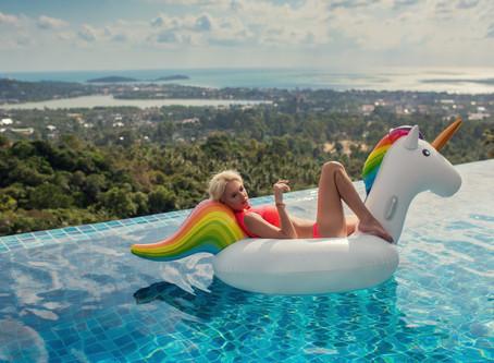 Фотосессия в купальнике для девушки на Пхукете
