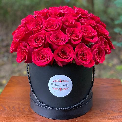 Luxury Box (50 Roses)