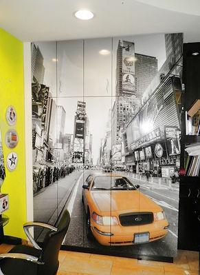 Renovación de armario con aplicación de fotomural. Zaragoza y nacional