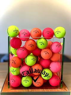 golf balls.HEIC