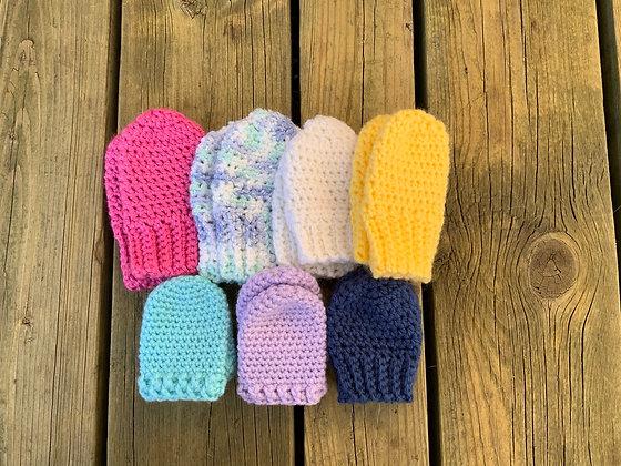 Simple Crochet Baby Mittens