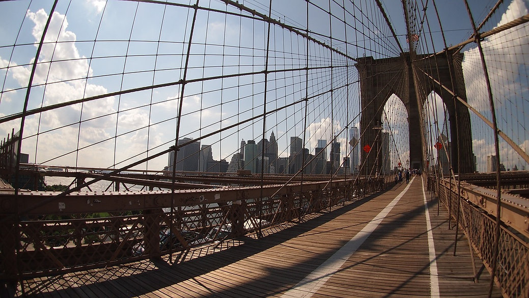 above-and-beyond-touring-brooklyn-bridge