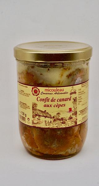 Duck Confit with Porcini Mushrooms - Confit de Canard aux Cèpes - 730G