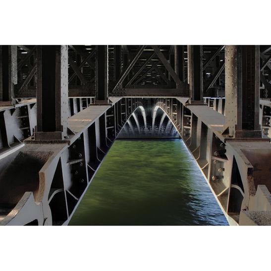 SansSeine. Paris / 70x100 cm / 2013 / C-print / Edition: 3