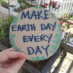 MAKE EARTH DAY EVERY DAY CIRCLE.jpg