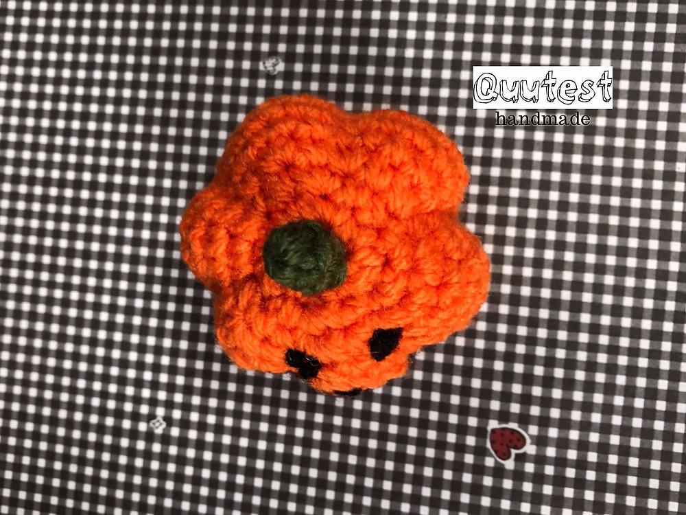 Crochet pumpkin (top)