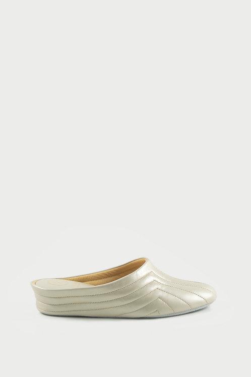 Ref. 4064 - Women's slippers