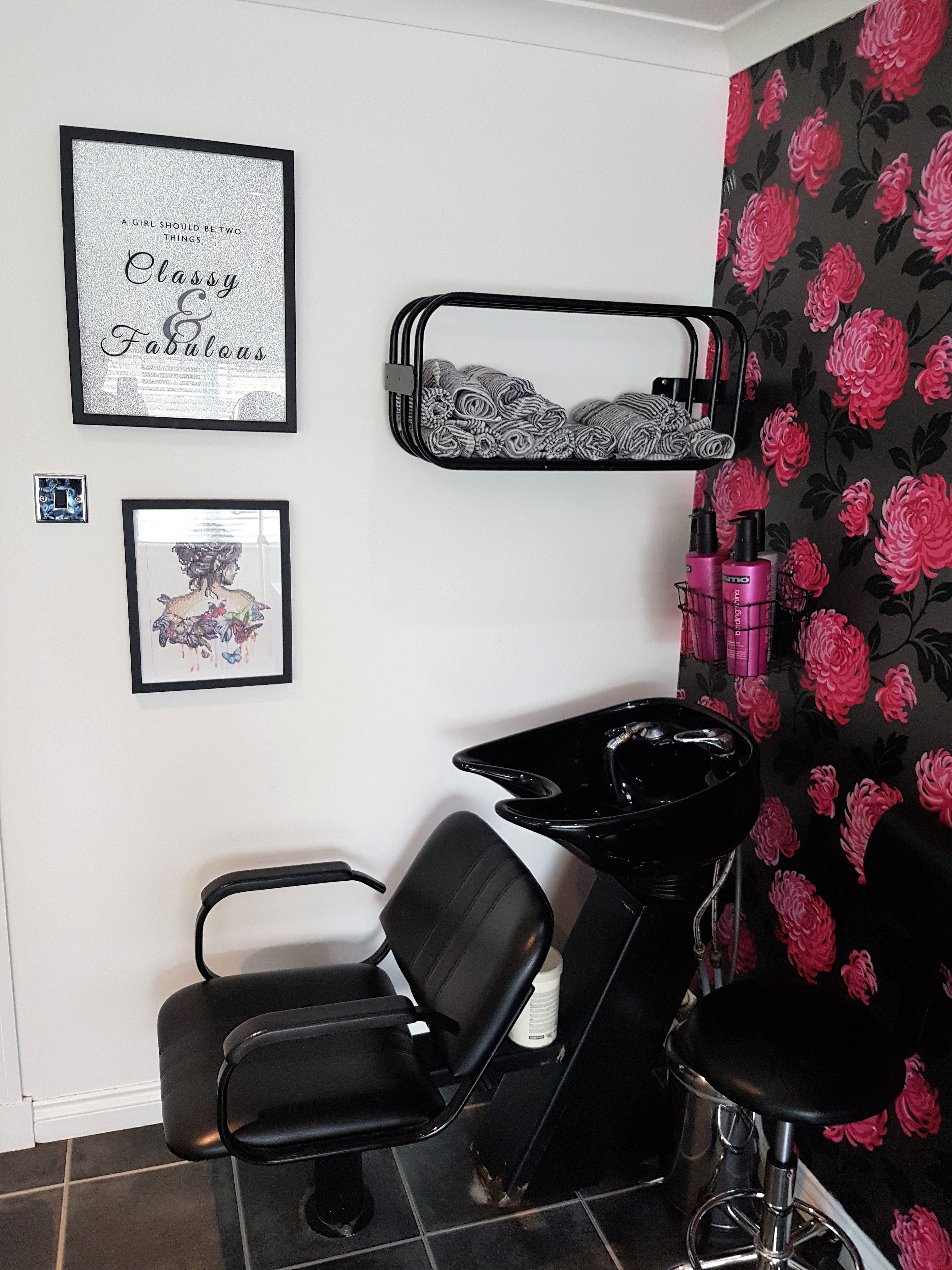 AM Hair Design Salon