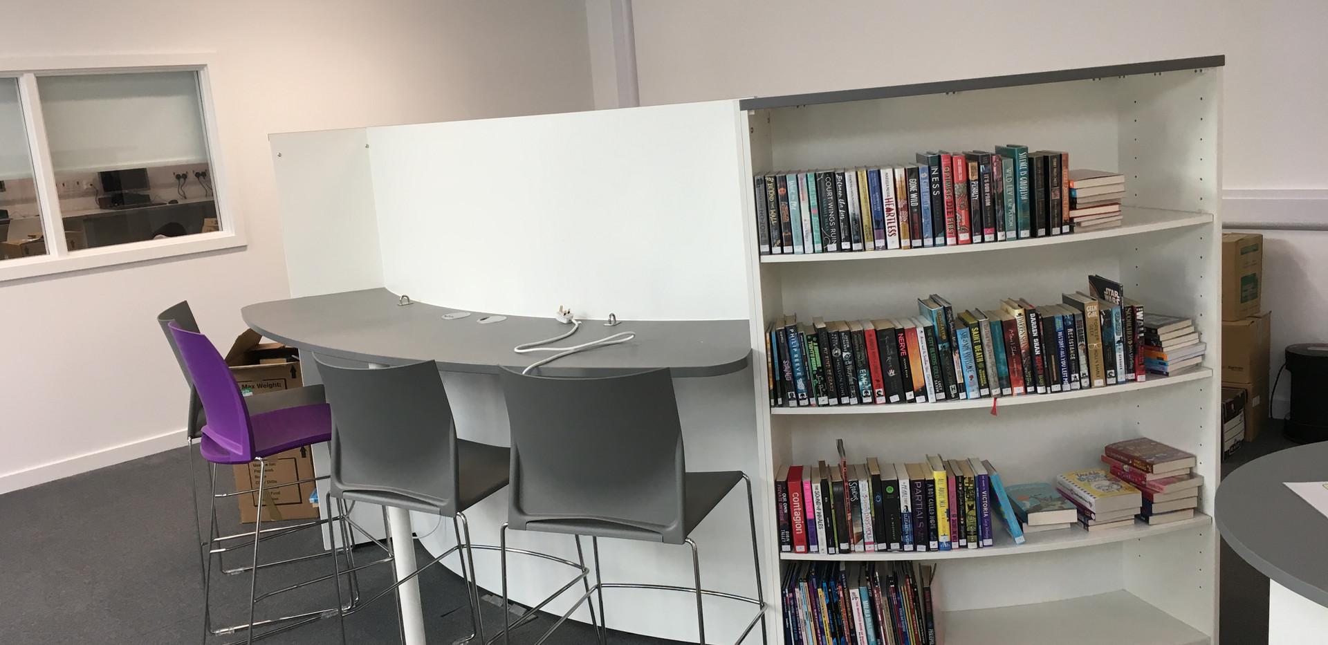 Laptop Bar Incorporating Shelving