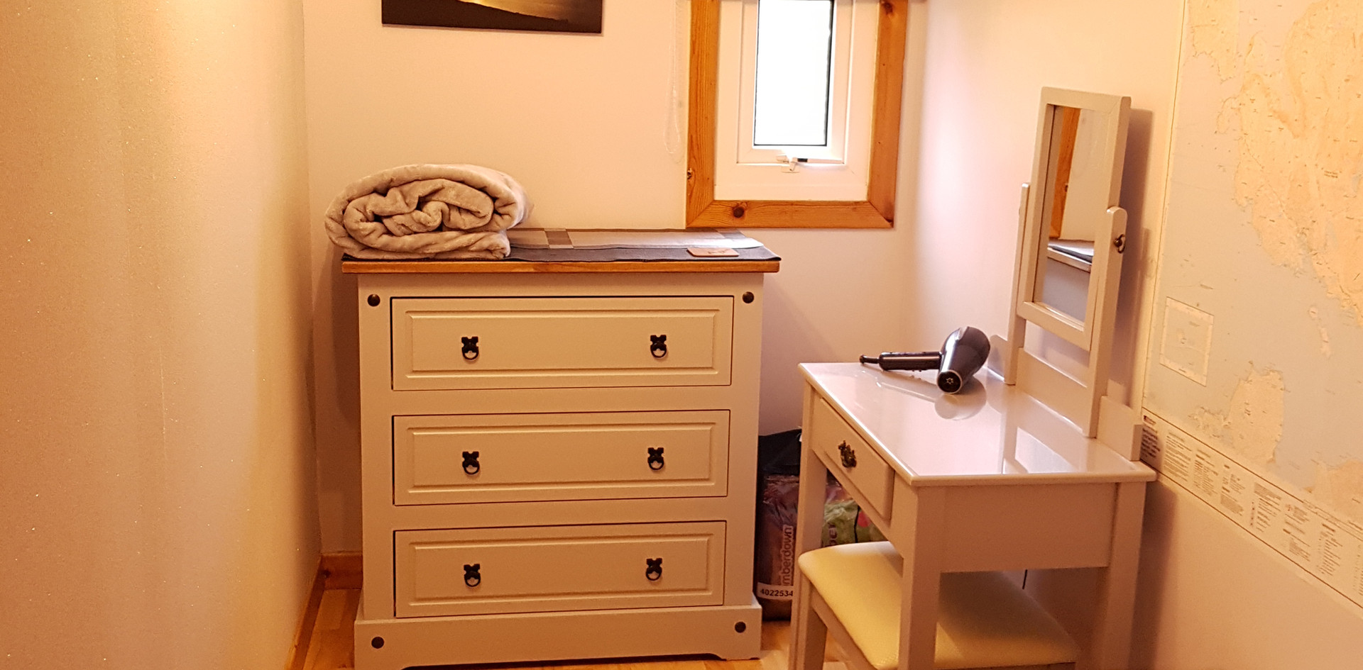 Chalet dressing room